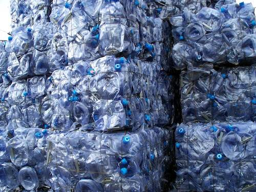 Preview: Press Release: EU delays approval of recycling processes in food contact applications