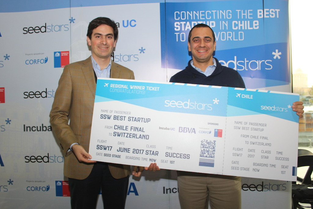 Ignacio (BBVA) con Gustavo (Red Capital) ganador de Seedstars Chile
