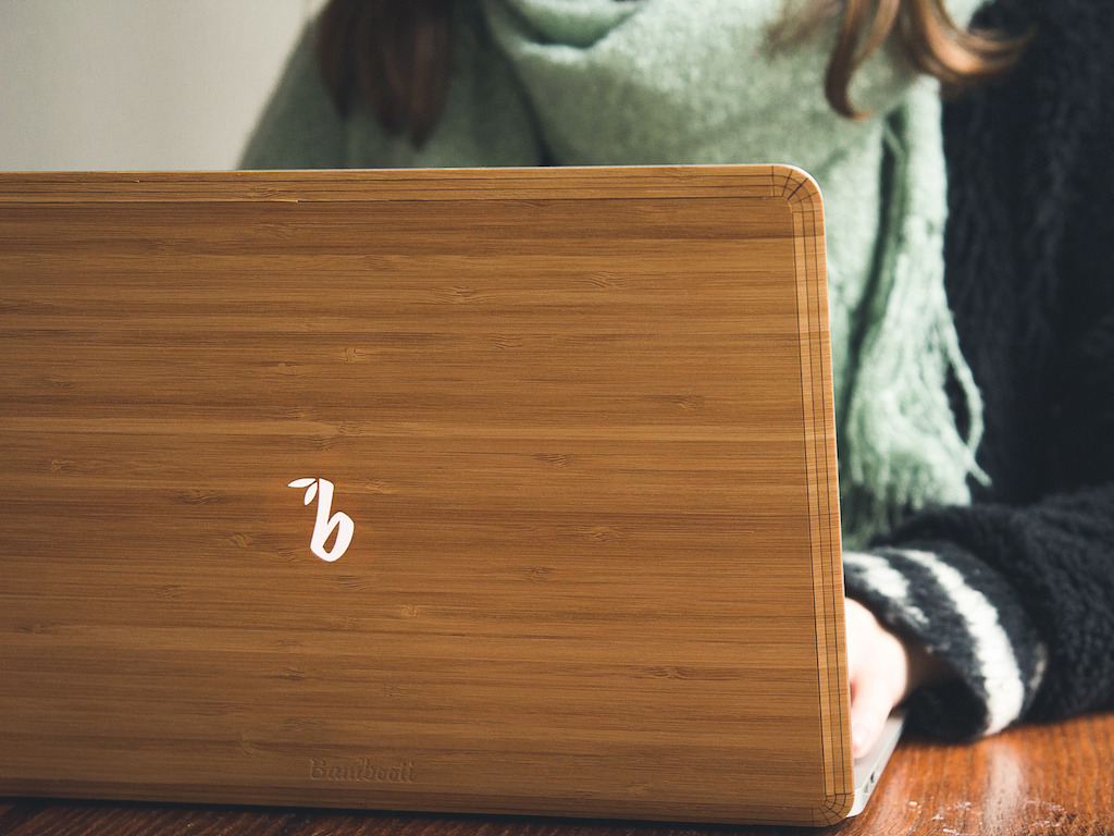 A Wooden Back For Your Mac