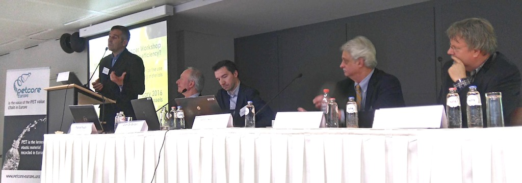 Discussion (from left: Jean-Luc Azzani, P&G; Patrick Peuch, Petcore Europe; Gian de Belder, P&G; Tom Busard, NAPCOR; Johan Kerver, FiliGrade)