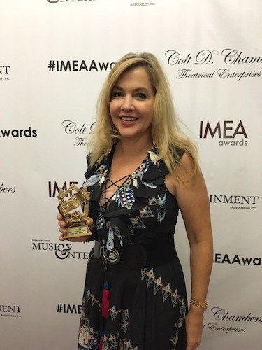 """America United"" Singer-Songwriter DeDe Wedekind Wins Album of the Year for"