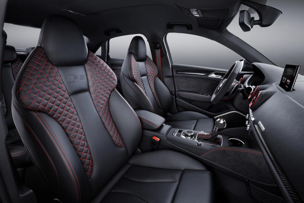 Audi RS3 Berline intérieur