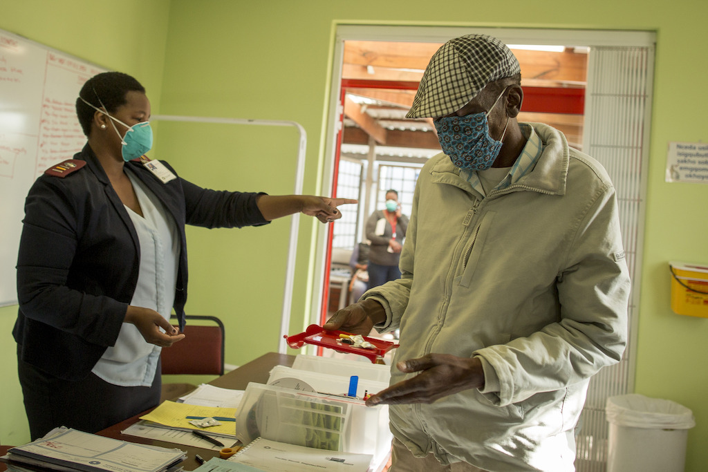Simphiwe visits his local clinic in Kuyasa, Khayelitsha, every weekday to receive his daily clofazimine injection and collect his treatment. Photographer: Sydelle WIllow Smith
