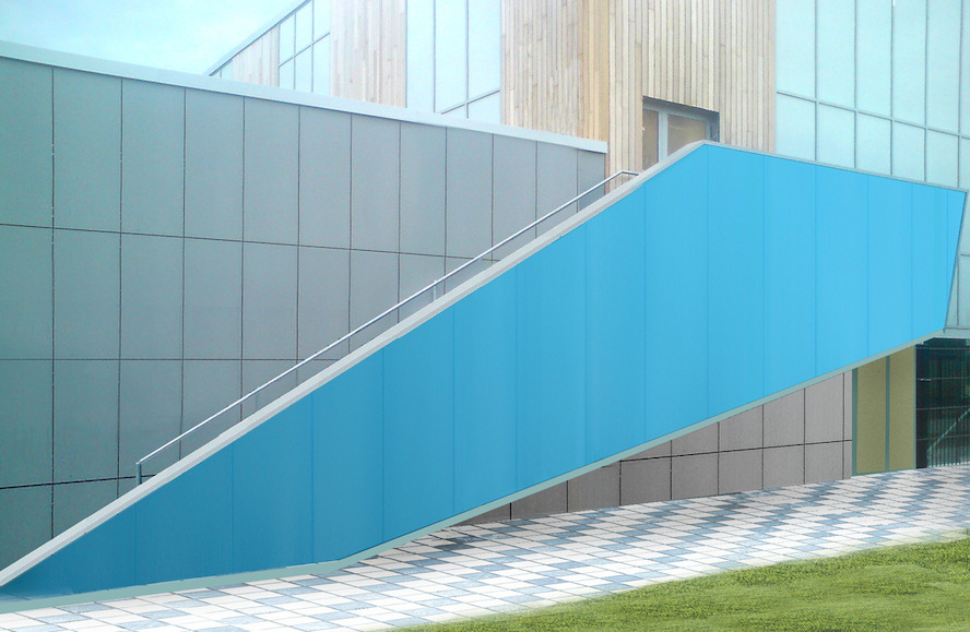 Sustainable building design with Multiwall Polycarbonate Sheets