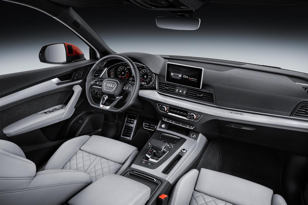 Audi Q5 2017 - intérior
