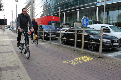 Preview: Siemens and BESIX supply the first bicycle counter pole in Brussels