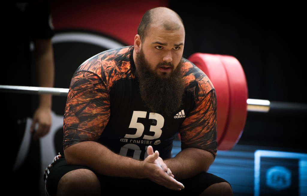 Philippe Gagnon led all prospects by completing 40 reps at the bench press. (CFL/Johany Jutras)