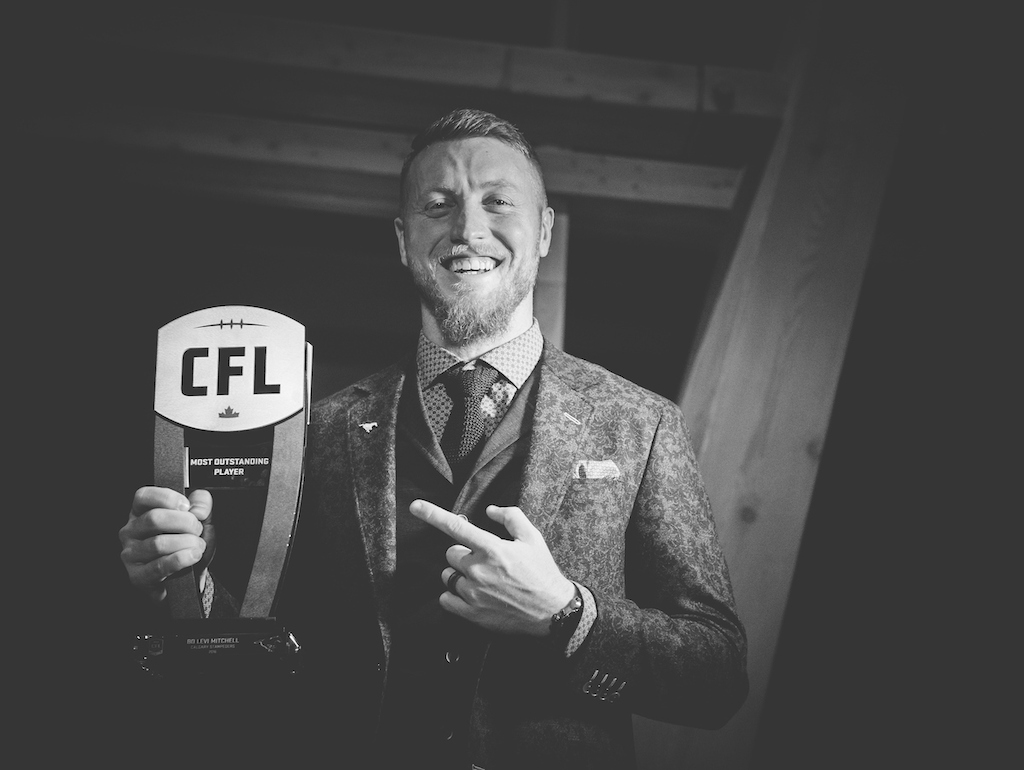 Most Outstanding Player Bo Levi Mitchell (photo credit: Johany Jutras)