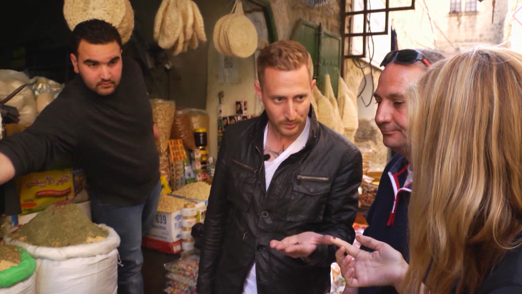 Marina van Zeller en Michael Voltaggio in Israël- (c) The Travel Channel
