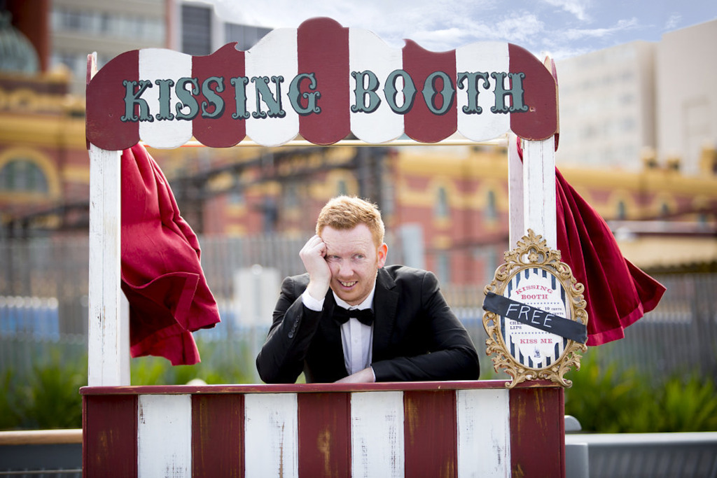 LWS Luke McGregor Kissing Booth