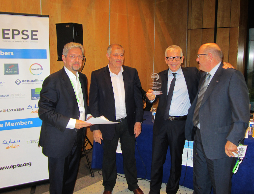 Winning team in the Sustainability Category. From the left: F. Midy (Jury President), H. Goldman (EPSE President), G. Prestigiovanni (Koscon), J. De Llanza (Koscon)
