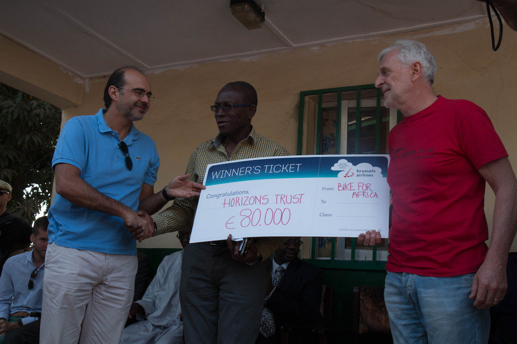 Bernard Gustin handing over the cheque to Horizons Clinic