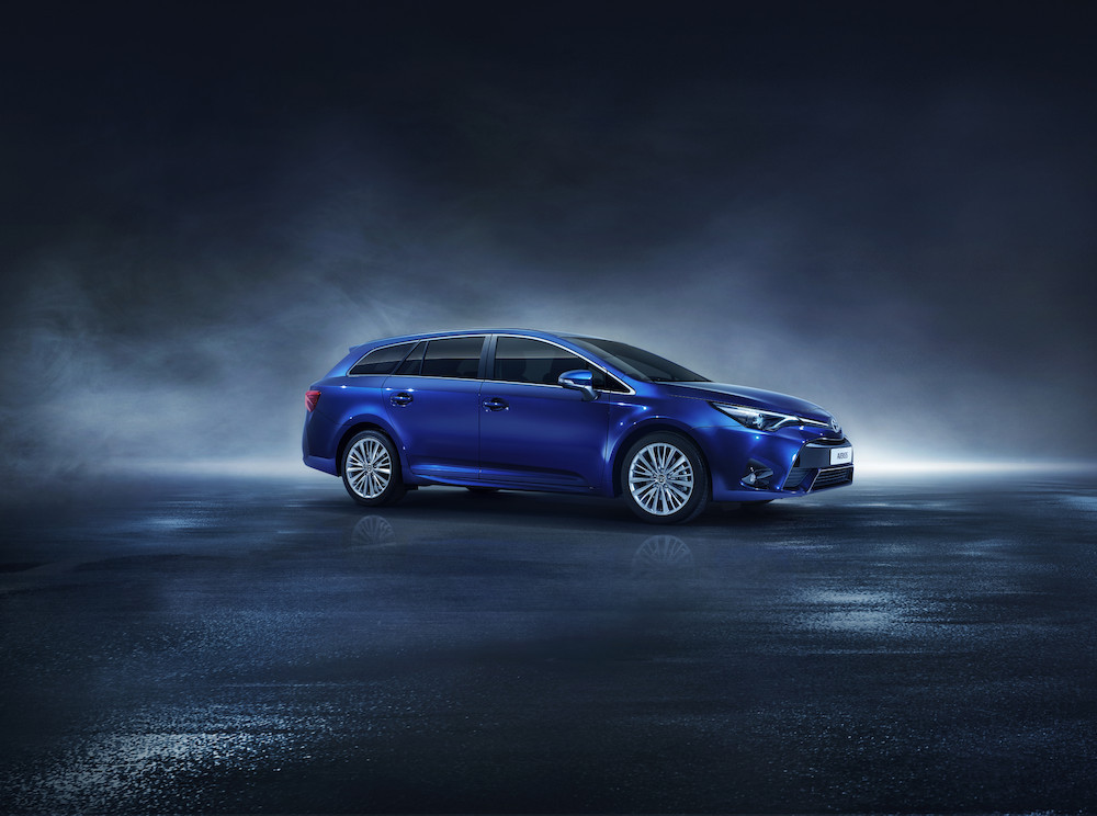 Toyota AVENSIS 2017 - productieverandering sinds november | changement de production depuis Novembre