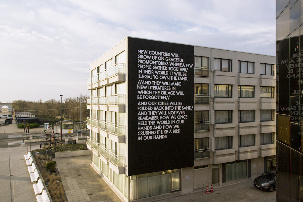The Crystal Ship 2016 - Werk van Robert Montgomery