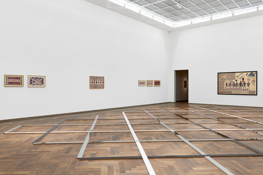Tshela tendu & Vincent Meessen, Patterns for Re(cognition). Installation view Kunsthalle Basel 2015 Photo © Philipp Hänger