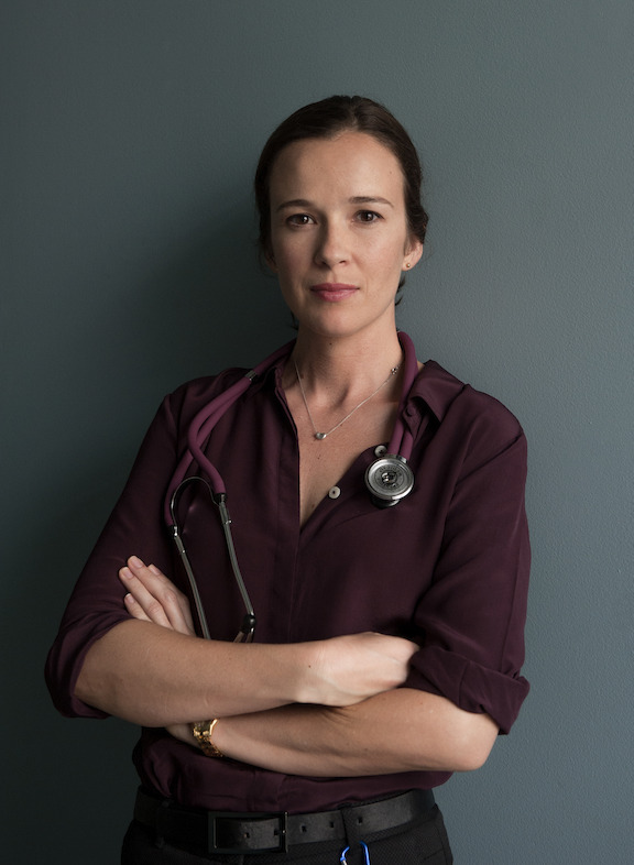 Claire van der Boom as Dr Frankie Bell