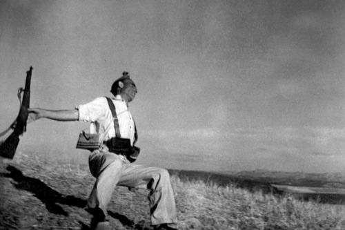 Loyalist Militiaman at the Moment of Death, 1936 Robert Capa © Magnum