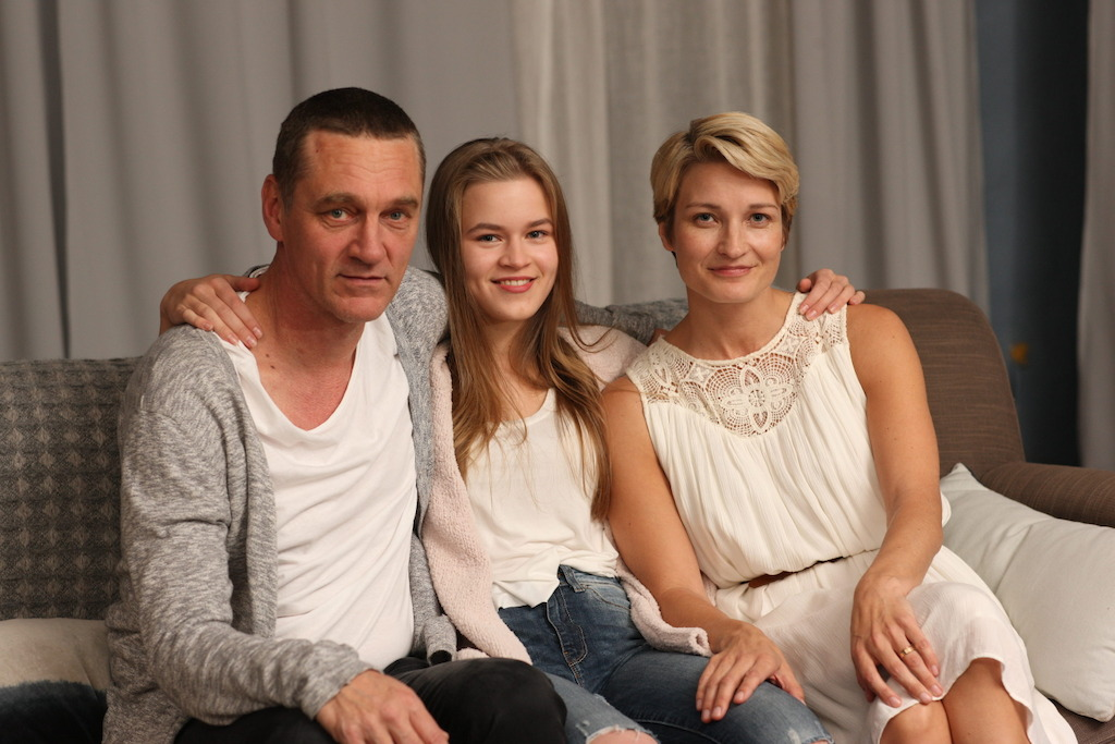 Ville Virtanen, Olivia Ainali en Matleena Kuusniemi - (c) Federation Entertainment